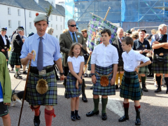His-Grace-13th-Duke-of-Argyll-and-His-Children-at-Inveraray-Highland-Games-2017.png