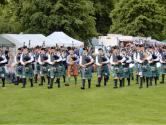 Inveraray-Highland-Games-Pipe-Bands-2017.png
