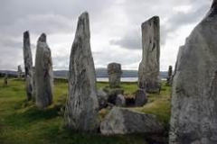 Outlander-Standing-Stones-Scotland.png